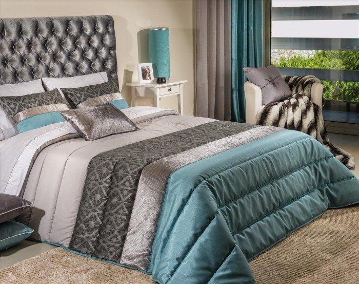 Текстиль, которого нельзя не заметить в оформлении спальни
